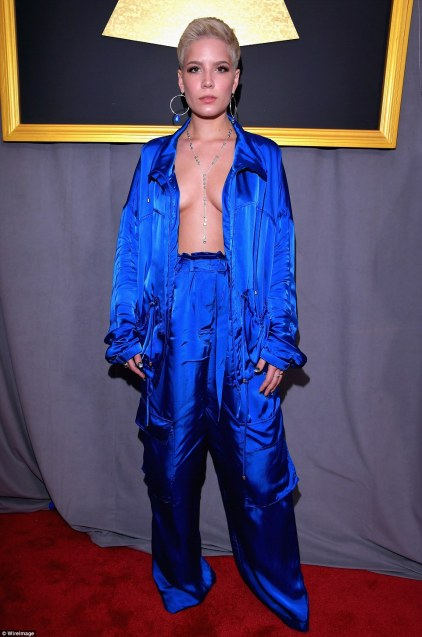 3d2484ed00000578-4205816-pj_party_songstress_halsey_bared_her_chest_in_electric_blue_sati-a-62_1486973254628