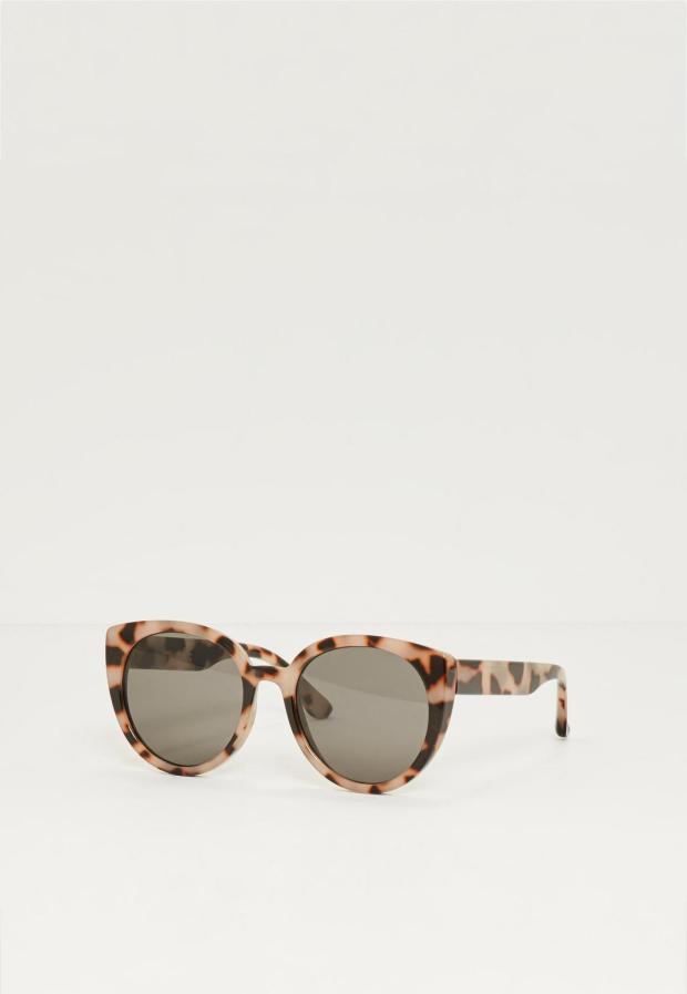 brown-tortoiseshell-rounded-flat-lens-sunglasses